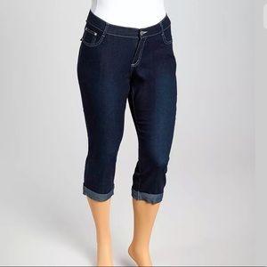 Cuffed Capri Jeans Dark Blue Stretch Denim Size 22